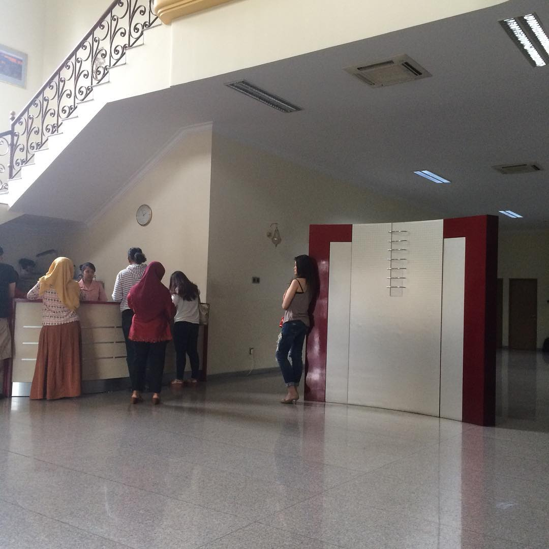 Obat Jerawat Di Kemaluan Wanita Menurut Dokter Boyke: DR. Med. Kun Jayanata, SPKK K