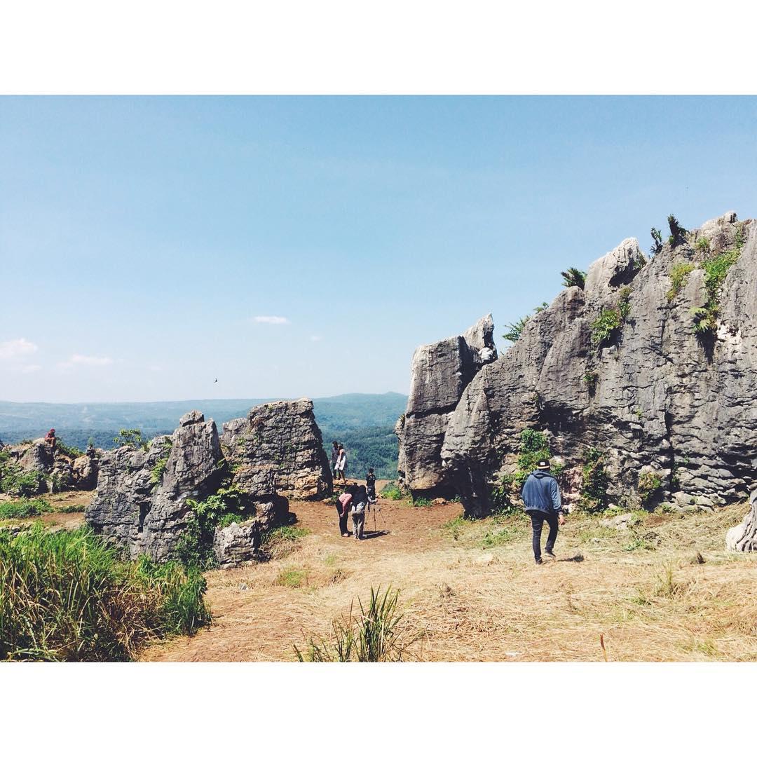Objek Wisata Stone Garden Citatah Padalarang
