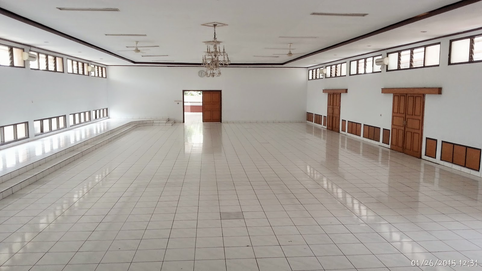 Gedung Graha Karya Wanita Halaman Parkir