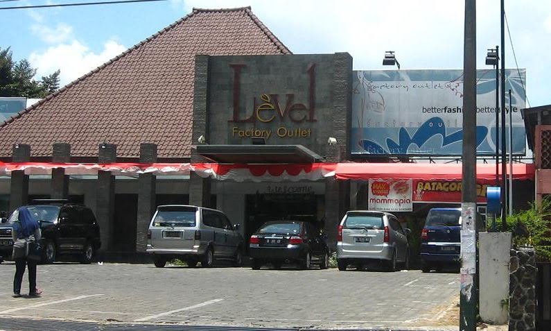 LEVEL FACTORY OUTLET